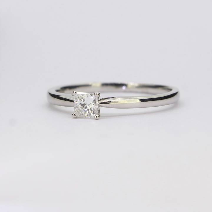 Pre-Owned 18ct White Gold  Diamond Solitaire Ring 0.36ct