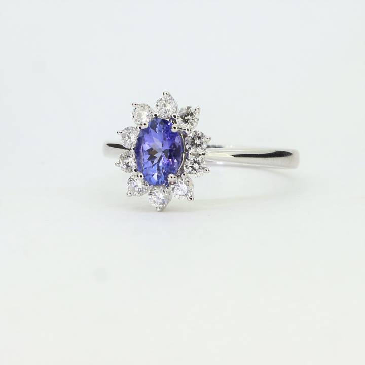 Pre-Owned 18ct White Gold Diamond & Tanzanite Cluster Ring 1609102