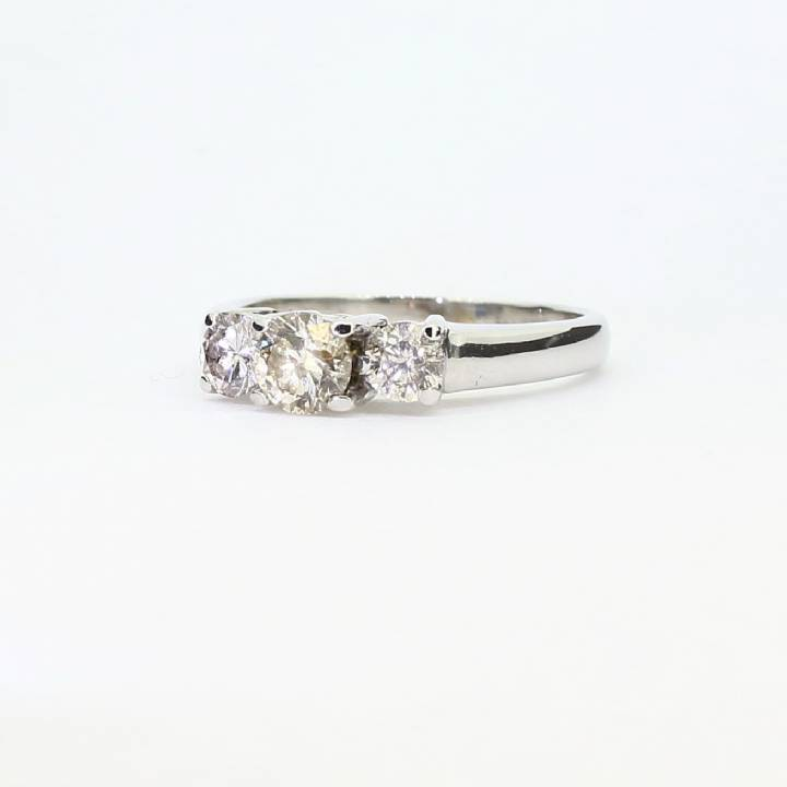 Pre-Owned Platinum Diamond 3 Stone Ring 1.00ct Total 7105072