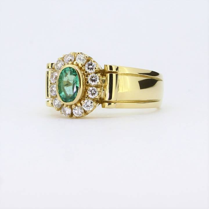 Pre-Owned 18ct Yellow Gold Diamond & Emerald Ring Total 0.36ct 1609104