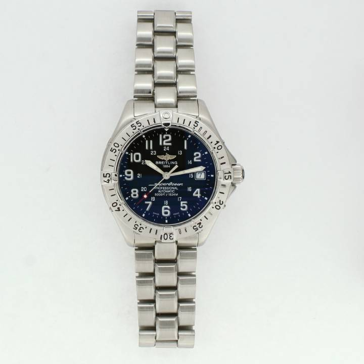 Pre-Owned Breitling SuperOcean Watch, Black Dial