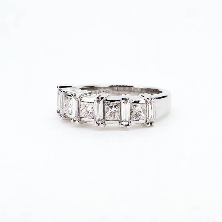Pre-Owned 18ct White Gold Diamond Half Eternity Ring Total 1ct 7103043